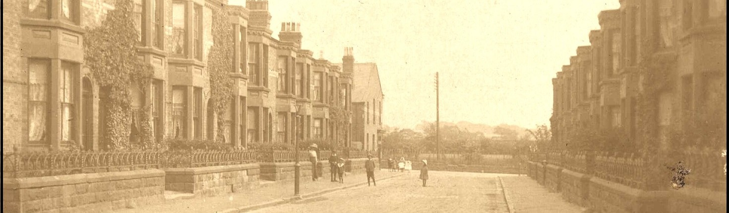 Gladstone Road. John Thompson was the builder and he was standing for election.